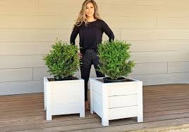 Ana White DIY Planter Box